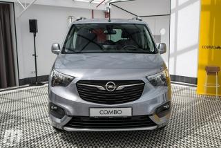 Opel Combo Life 2018 Foto 38