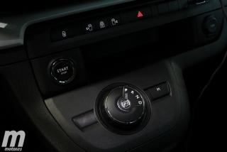 Peugeot Traveller Standard  Foto 11
