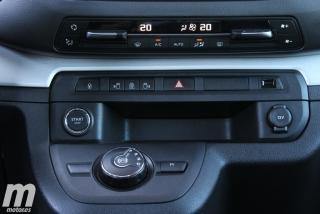 Peugeot Traveller Standard  Foto 36