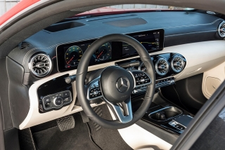 Presentación Mercedes CLA Coupé 2019 - Foto 6