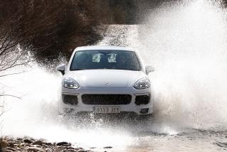 Prueba offroad Porsche Cayenne Foto 39