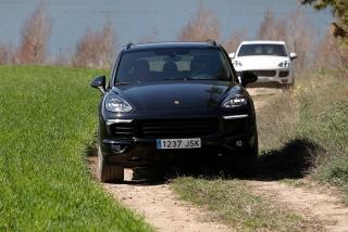 Prueba offroad Porsche Cayenne Foto 43