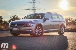 Foto 2 - Volkswagen Passat Variant 2.0 TDI Advance