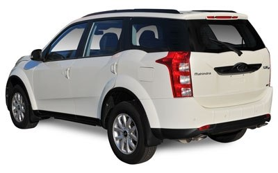 Mahindra XUV500 XUV500 FWD (4X2) W6 - 7 plazas