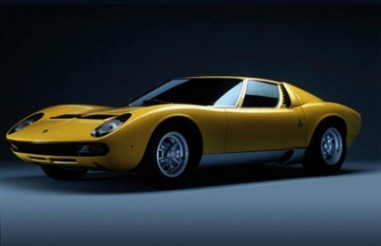 7 Súper coches deportivos de los  60, bellos e inmortales