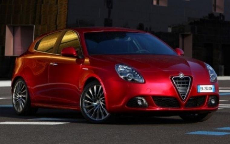 Alfa planea un Rally centenario con 3.000 autos.