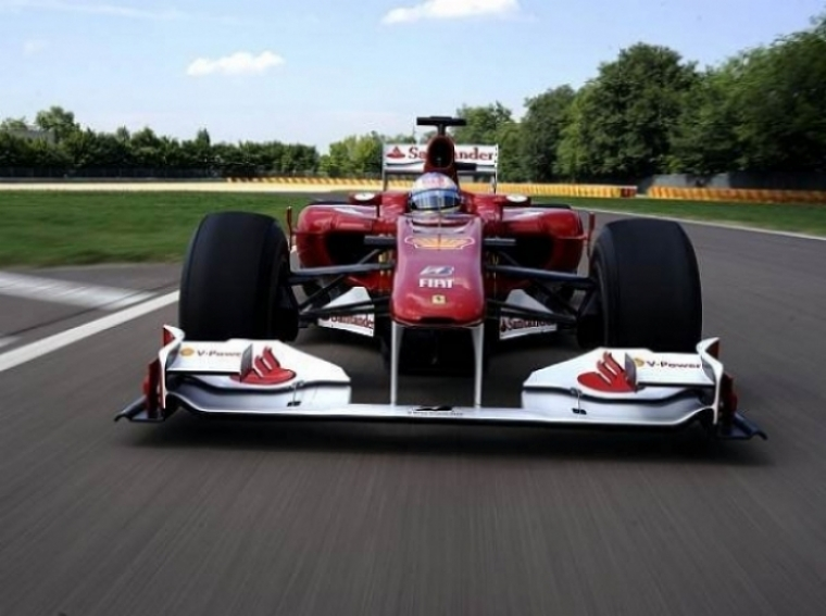 Alonso prueba en Fiorano la nueva versión del F-10
