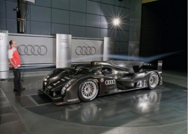 Audi presenta el R18 que participará en Le Mans
