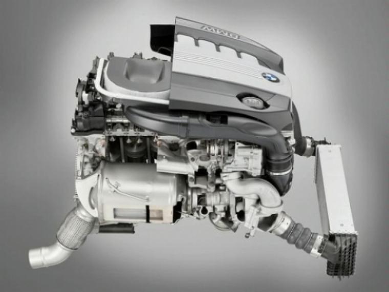 BMW mejora la potencia y economía de su motores diesel 3.0 litros doble turbo y gasolina mono turbo