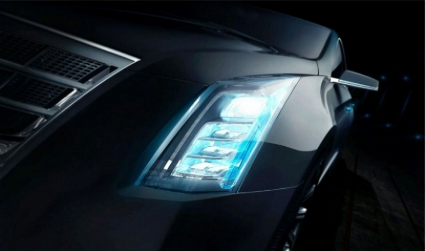 Cadillac anticipa al CTS-V Coupé y un misterioso concept para Detroit.