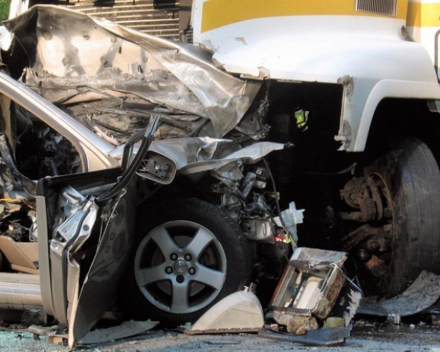 Caen un 9 por ciento las muertes en carreteras en el 2010