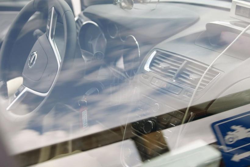 Cazado el interior del SUV pequeño de Opel