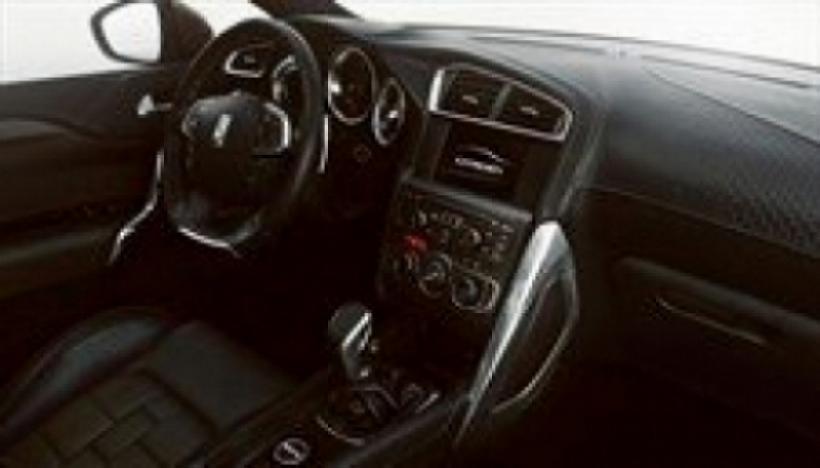 Citroën revela el interior del futuro DS4.