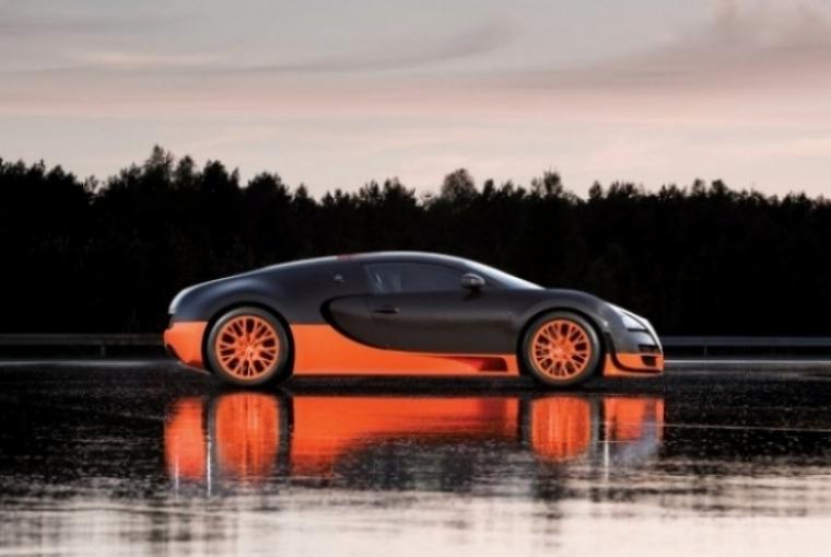 Con record de velocidad, Bugatti presenta el Veyron Super Sport.
