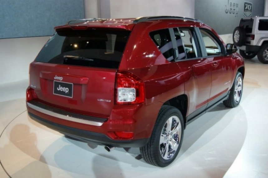 El Jeep Compass 2011 debutó en el Salón de Detroit