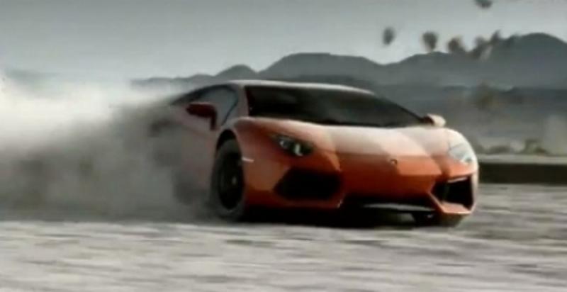 El Lamborghini Aventador LP700-4 contra la naturaleza