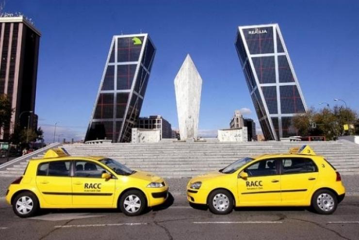 El RACC propone técnicas para ahorrar hasta un 20 por ciento en combustible