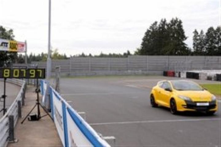 El Renault Megane RS 265 Trophy marca 8:08 en Nürburgring