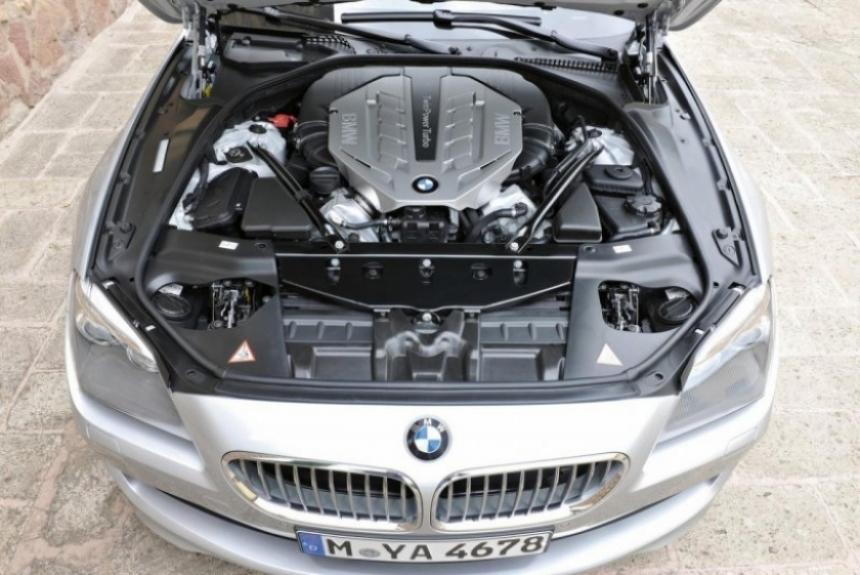 Este es el BMW Serie 6 descapotable en su versión 2012