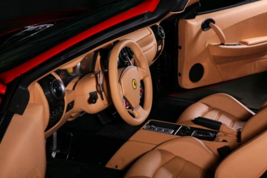 Ferrari F340 preparada por Inden-Design.