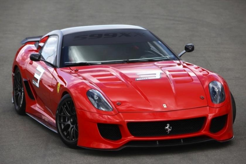 Festival para tus oídos: Varios Ferrari 599XX rodando en Nurburgring