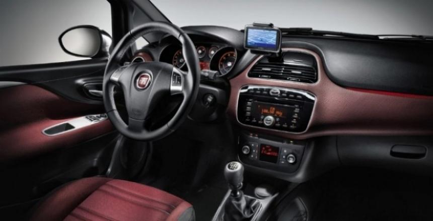 Fiat muestra el nuevo Punto Evo.