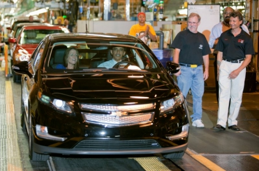 General Motors incrementa la producción del Volt.