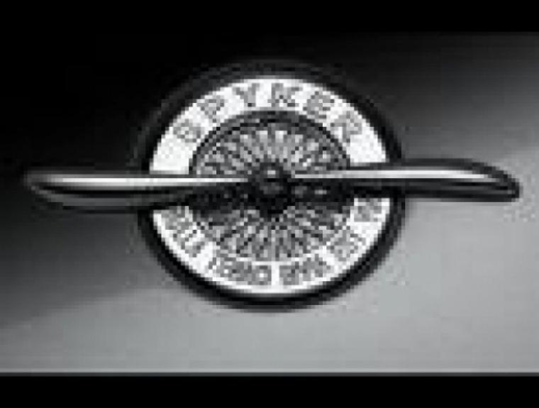 General Motors vendió Saab a Spyker.