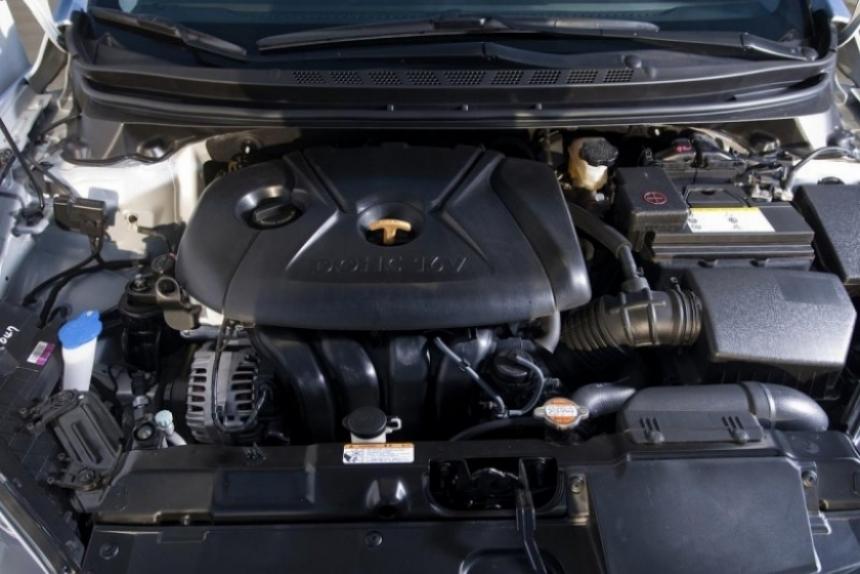 Hyundai Elantra 2011 comienza sus ventas en Diciembre
