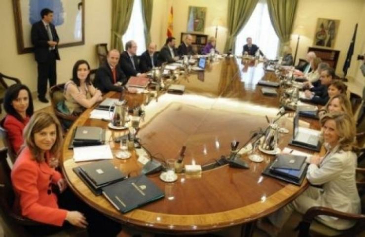 La AEC sorprendida ante las últimas de ahorro energético del Gobierno