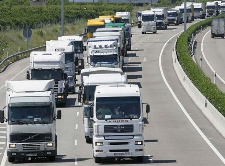 Los profesionales del transporte podrían ahorrar hasta 2.400 euros anuales conduciendo de manera eficiente