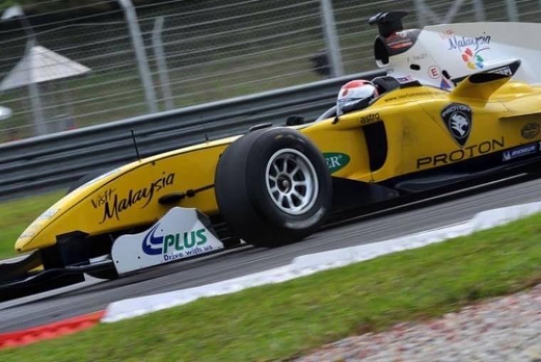 Lotus: ¿Trabajo conjunto con  el equipo de A1GP de Malaysia?