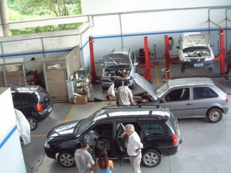 ¿Mantener el coche nos cuesta 281 euros al año?