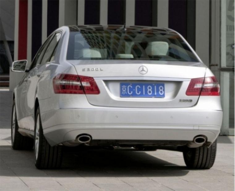 Mercedes Benz Clase E presenta una versión exclusiva para China