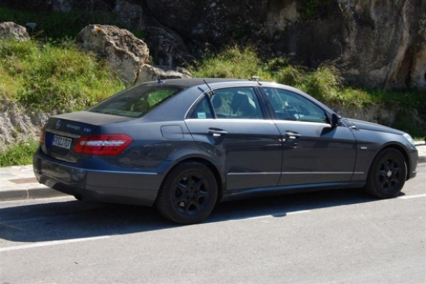 Mercedes-Benz E63 AMG Coupé de paso por Almería