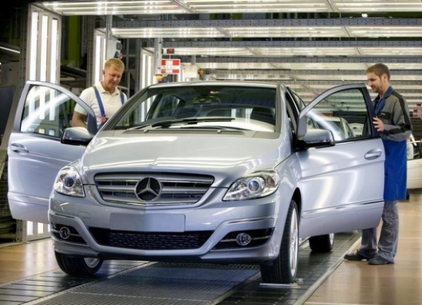 Mercedes festeja con el Clase A y el Clase B.