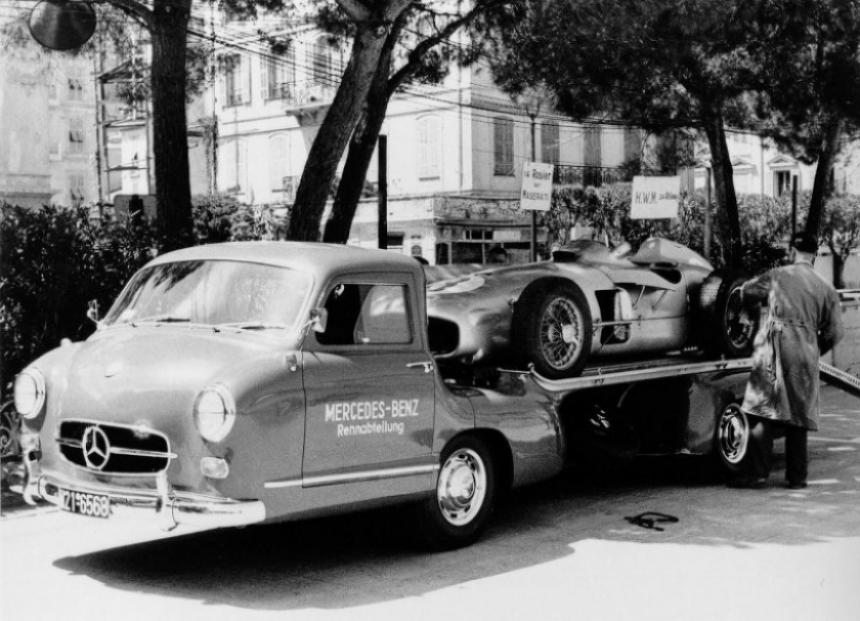 Mercedes homenajea los camiones de su historia deportiva.