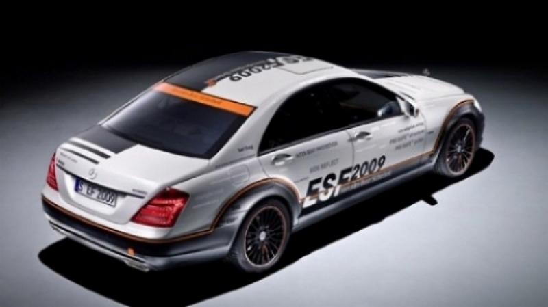 Mercedes muestra todos sus avances en seguridad.