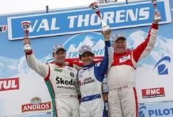 Alain Prost llevó a la victoria al Dacia Duster.