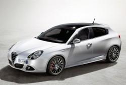 Alfa muestra al Giulietta en su primer video promocional.