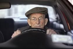 Ancianos al volante, ¿peligro rodante?