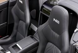 Aston Martin presenta el Vantaje V8 N420 Roadster.