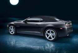Chevrolet Camaro convertible revelado en Facebook