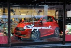 El Aston Martin Cygnet fue presentado en Harrods