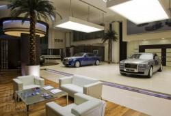 El concecionario más grande de Rolls Royce en Abu Dhabi