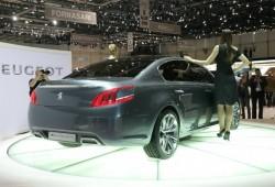El nuevo Peugeot 508 pillado en plena filmación.