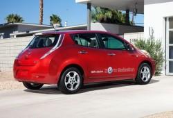 El rendimiento oficial del Nissan Leaf equivale a 2.37 litros a los 100