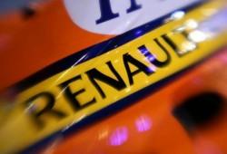 Flavio Briatore expulsado de por vida, Renault apercibida