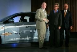 General Motors fabricará baterías para sus autos eléctricos.