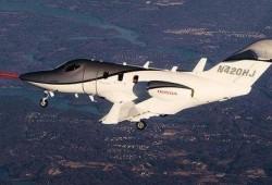 Honda presenta su primer avión comercial